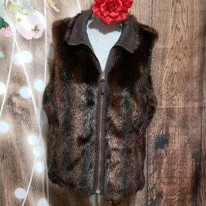 Old navy faux fur vest